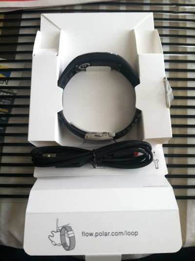 polar loop review - what's in the box