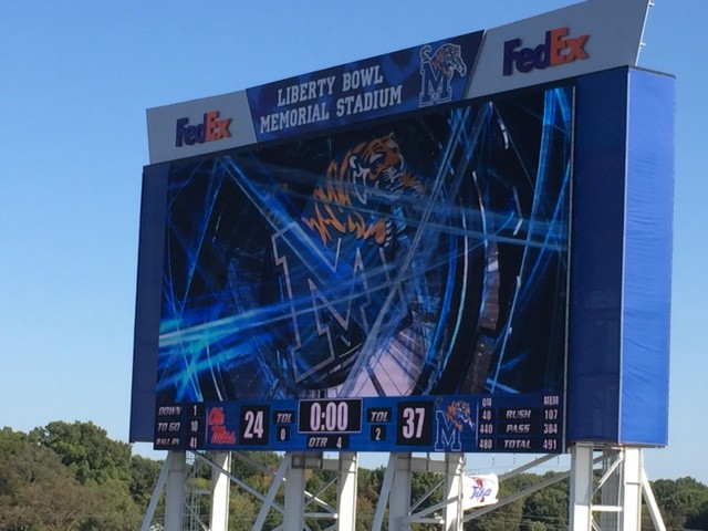 memphis tigers vs ole miss rebels football game tigers win score