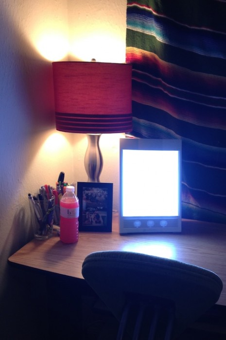 SAD seasonal affective disorder NatureBright SunTouch Plus Light and Ion Therapy Lamp