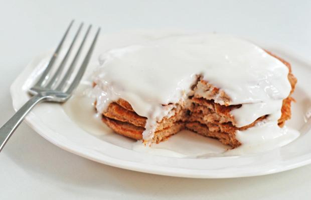 Cinnamon-Roll-Protein-Pancakes